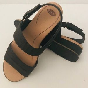 NEW DR.SCHOLL'S FREESTONE black Sandals SZ 9.5